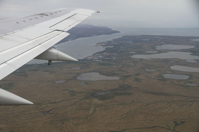 Im Anflug auf King Salmon, Ausblick auf Naknek