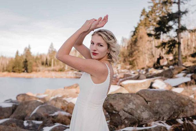 Brautkleid KAIA - schlicht, modern und unkompliziert