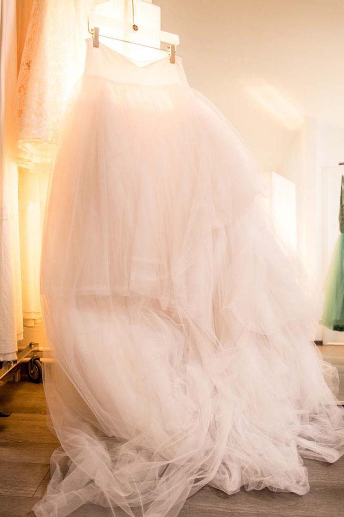 Showroom Eröffnung elementar Brautkleider und Abendkleider