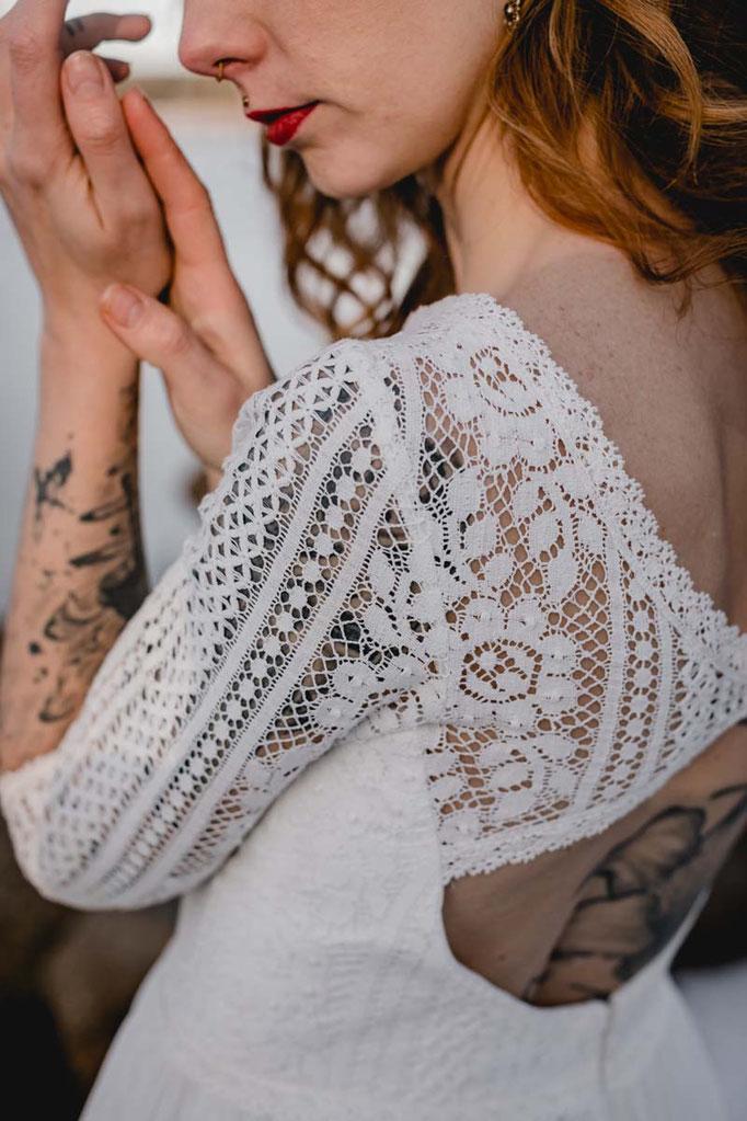 Brautkleid mit langen Ärmeln  LINN - natürlich, romantisch und verspielt