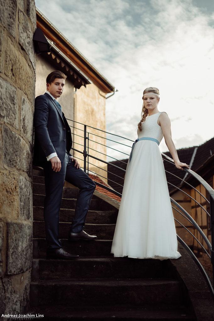 """""""Masa"""" - hochgeschlossenes Hochzeitskleid mit Häkelspitze"""