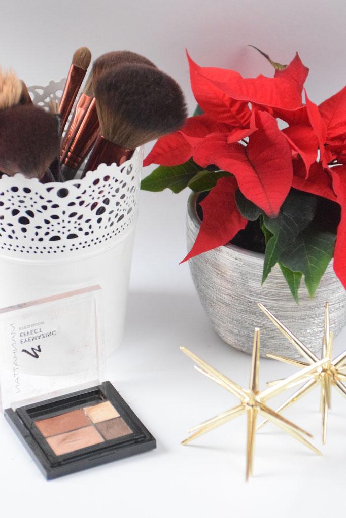 Festliches Make-up für die Weihnachtszeit.