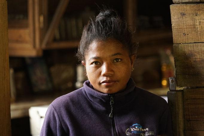 Jeanine, 28 ans. Chef cuisinière de l'Ecolodge.