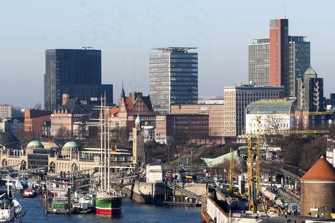 Hamburg Panorama von der Elbphilharmonie
