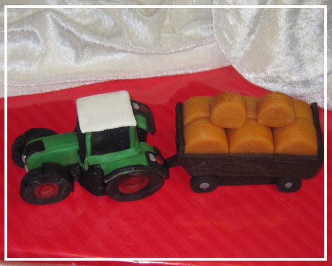 Marzipanauto, Traktor mit Anhänger