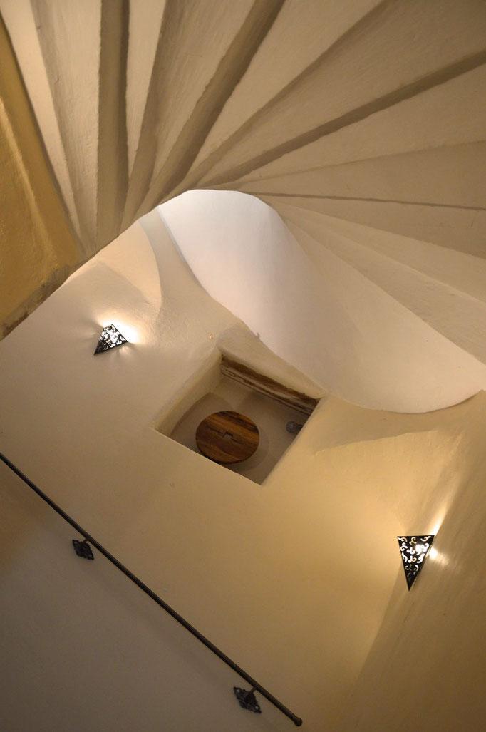 Escalier ancien - Chambre d'hôtes Provence