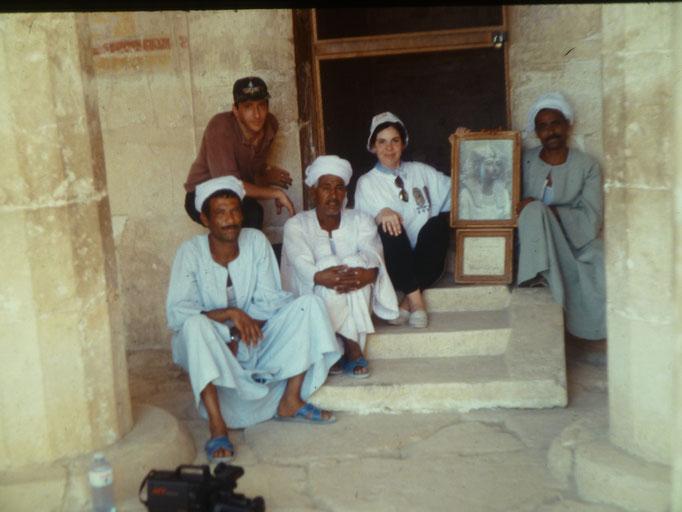 Con los guardias del templo de la reina Hatshepsut en Luxor