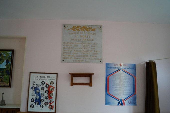 A Saint-Agnan, les cérémonies commémoratives se déroulent dans la salle communale.