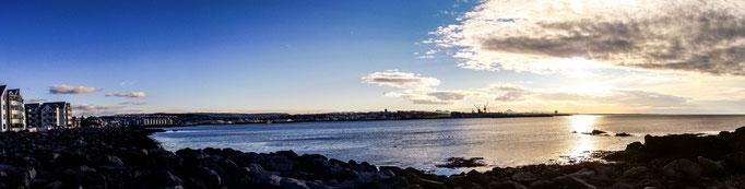 The hafnarfjörður harbour (SE of Rvk.).
