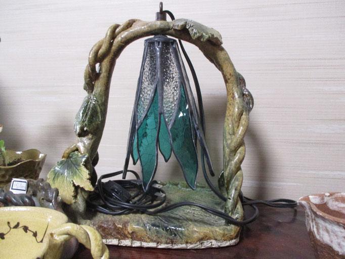 陶器とステンドのランプ  ¥20,000