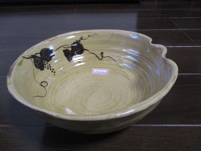 葡萄の絵の鉢  ¥1,500