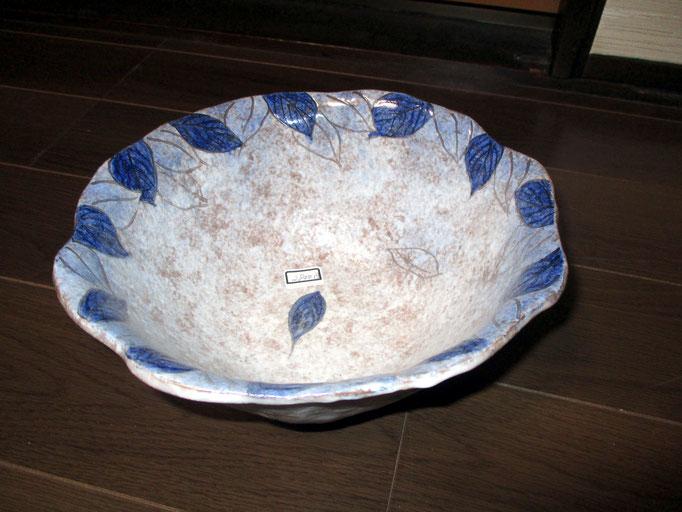 木の葉模様の鉢    ¥ 2,800