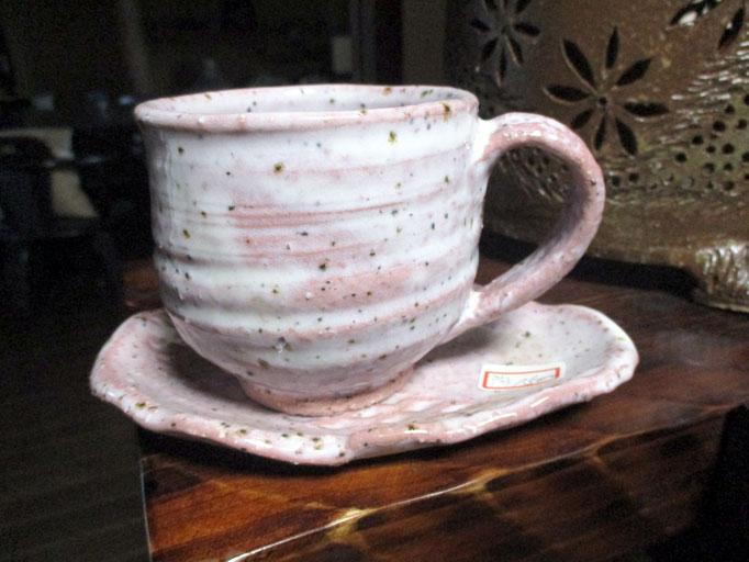 ピンクコーヒーカップ     1,500