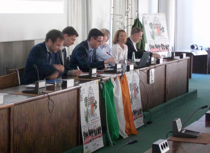 """Bei der Pressekonferenz zu """"Stolberg goes Irland"""""""