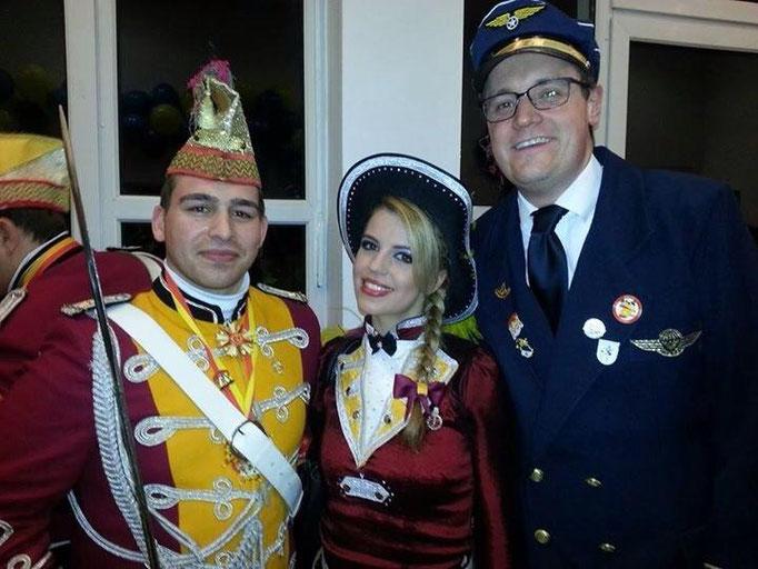 Mit Freunden der KG-Mölle zu Gast bei der Galasitzung der KG Fidelen Zunfthäre.