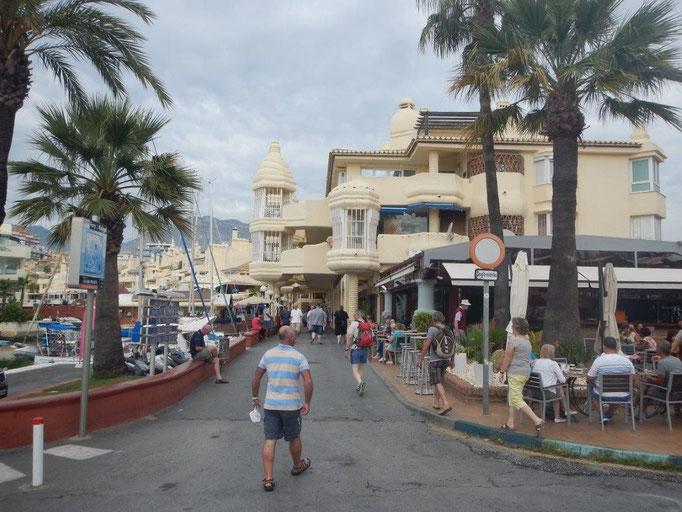 schöne Häfen am Mittlemeer Spanien mit der Segelyacht