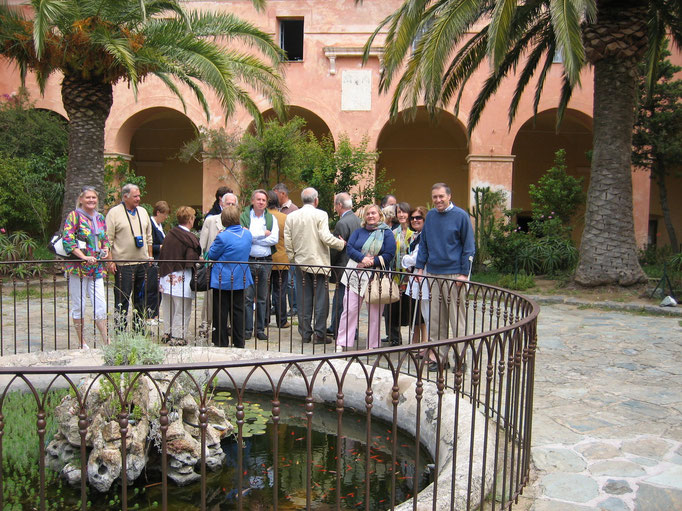 La cour intérieur du couvent de Corbara