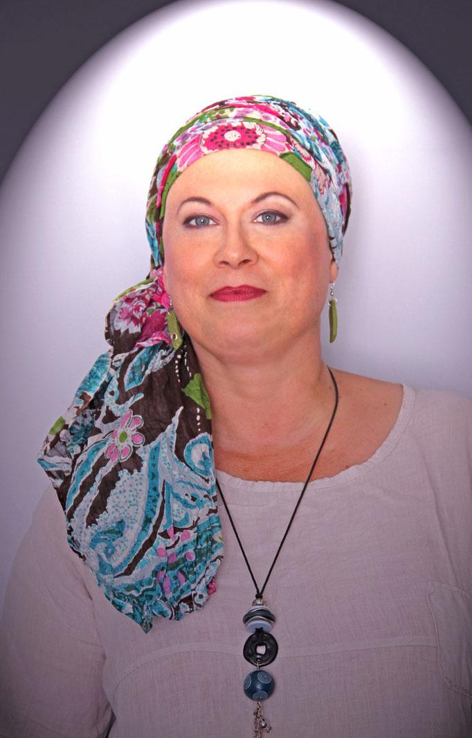 En Aparté Berlioz Foulard turban bonnet chapeau lutte contre cancer
