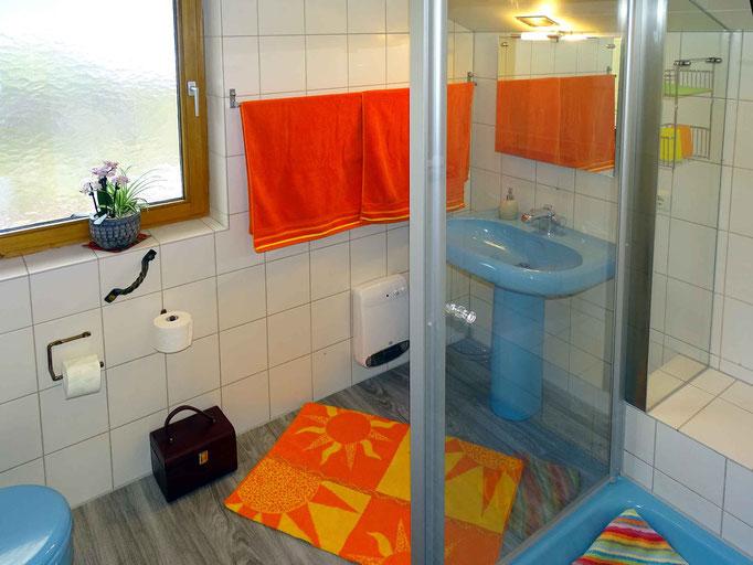 Ferienwohnung im Kleinwalsertal – Michael Fritz – großzügiges Badezimmer