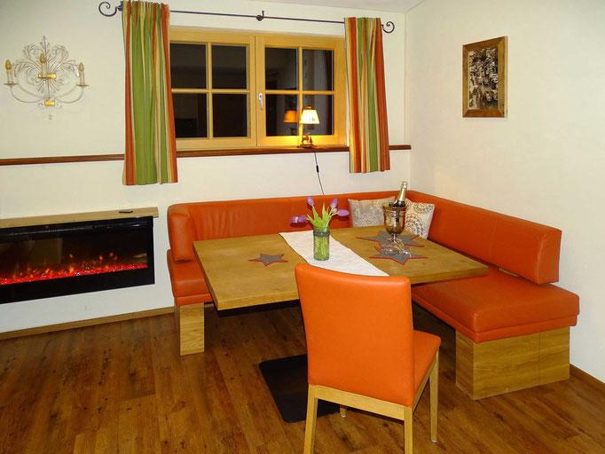 Ferienwohnung im Kleinwalsertal – Michael Fritz – Tisch