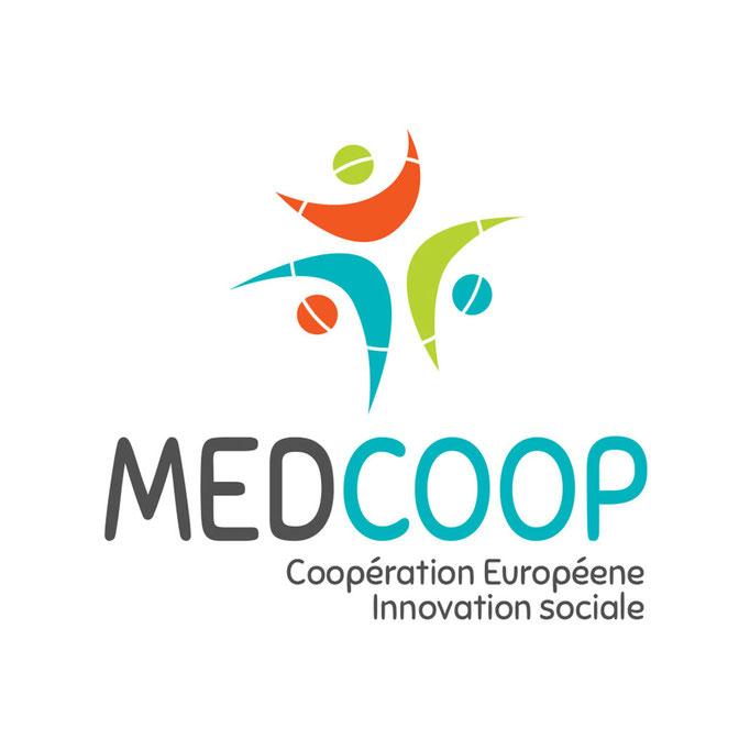 Refonte du logo Medcoop pour la promotion des programmes Européens dans le domaine de l'innovation sociale et de la coopération Européene.