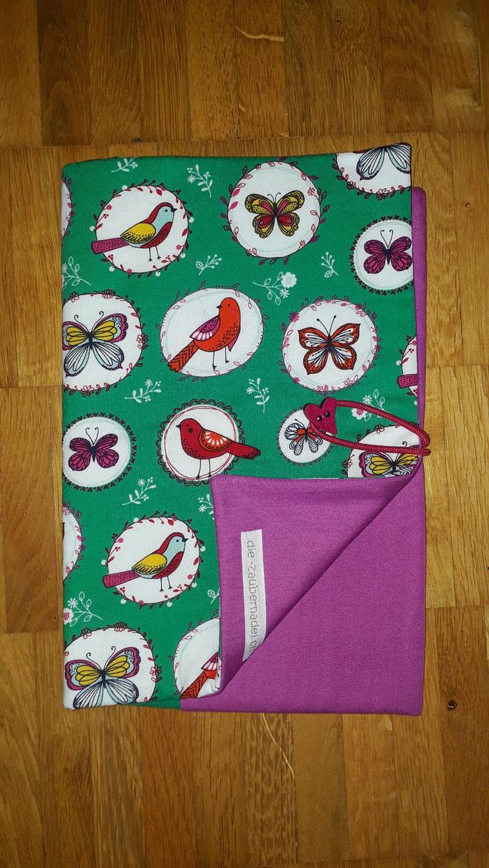 Wickeltasche, grün mit Vögeln und Schmetterlingen