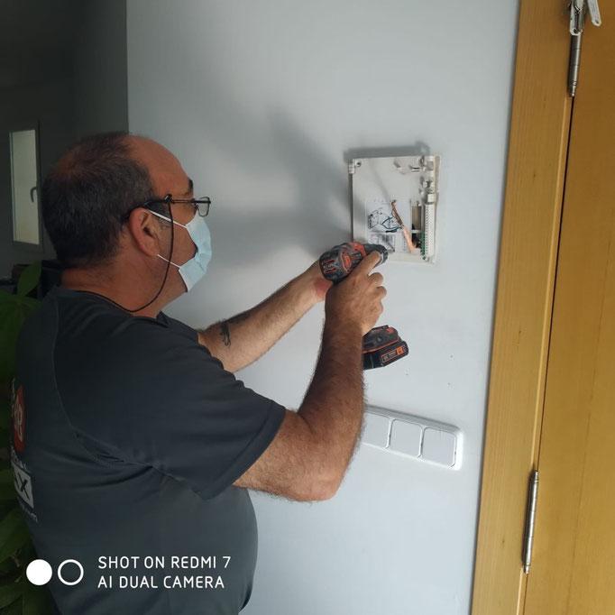 Preparación de la instalación del nuevo monitor