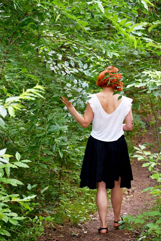 Gelassenheit finden beim Waldbaden in Berlin