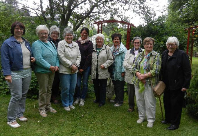 Die Landfrauen zu Besuch bei Helga Bergholz in Katzenelnbogen