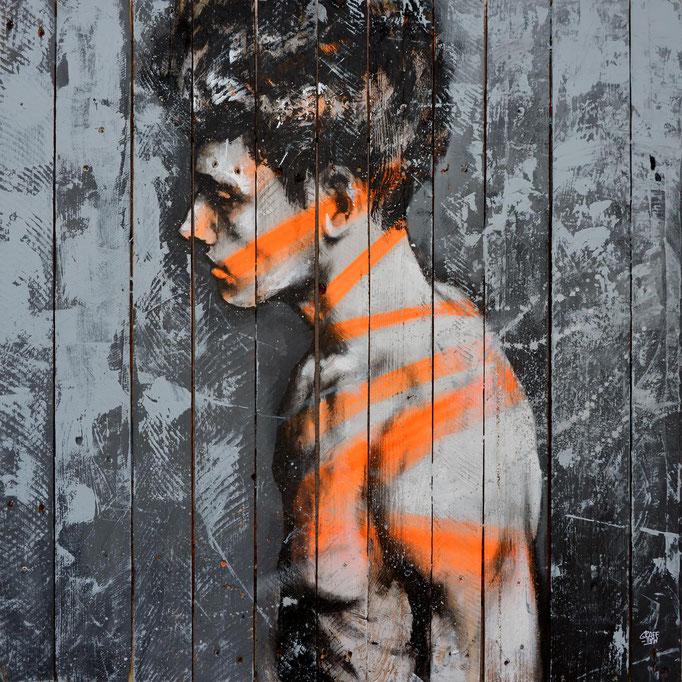 """<b>AFTERGLOW</b><br>80 x 80 cm<br><a style=""""color:#db6464"""">Vendu</br><alt=""""tableau d'art contemporain peinture sur palette bois streetart graffiti portrait homme deco œuvre originale couleur moderne deco originale wood wooden painting """">"""