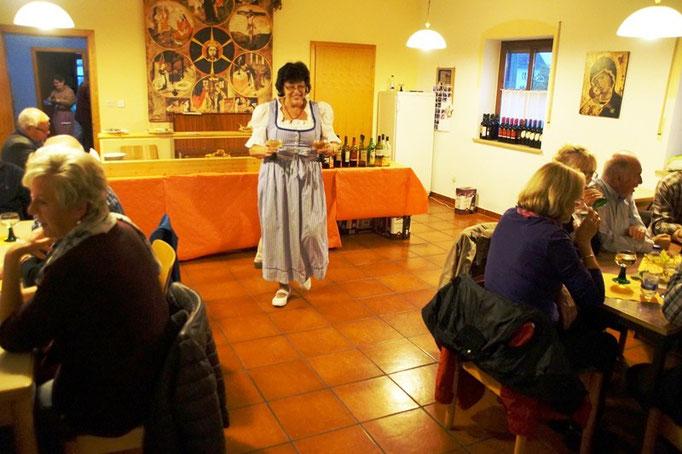 Weinfest im Pfarrheim