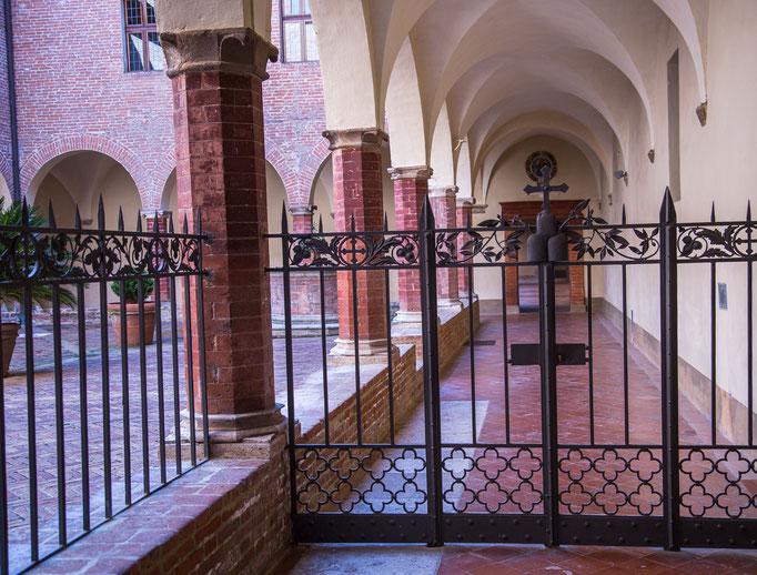 Das Tor zum Inneren des Klosters