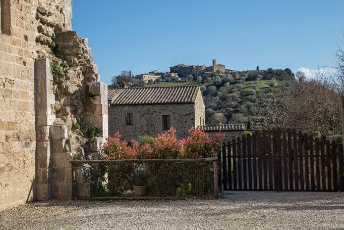 Das Tor zum Kloster