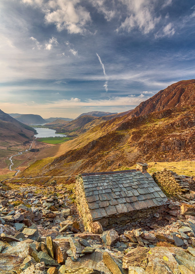 Bothy looking over Buttermere