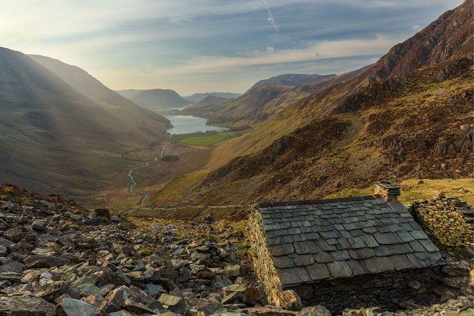 Bothy above Buttermere with sunrays