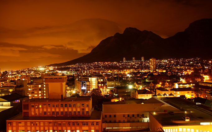 Cape Town by Night - by Ralf Mayer