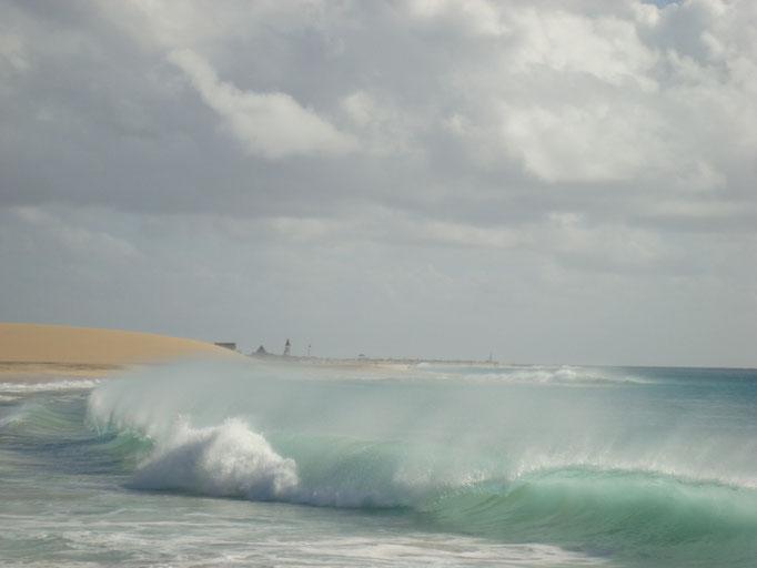 Strand und Meer zwischen Ponta Preta und Clubhotel RIU Garopa. (C) Bubig & Neumann Kreativ-Verlag GbR.