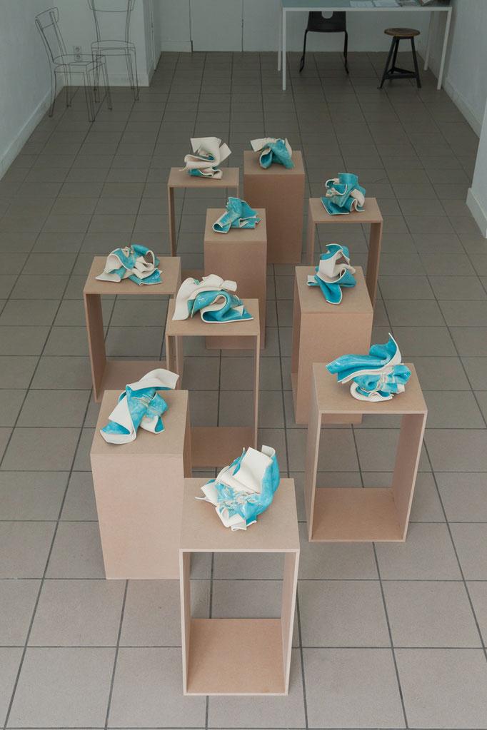 Gabriele Künne · survival Keramik glasiert mehrteilig, 2016