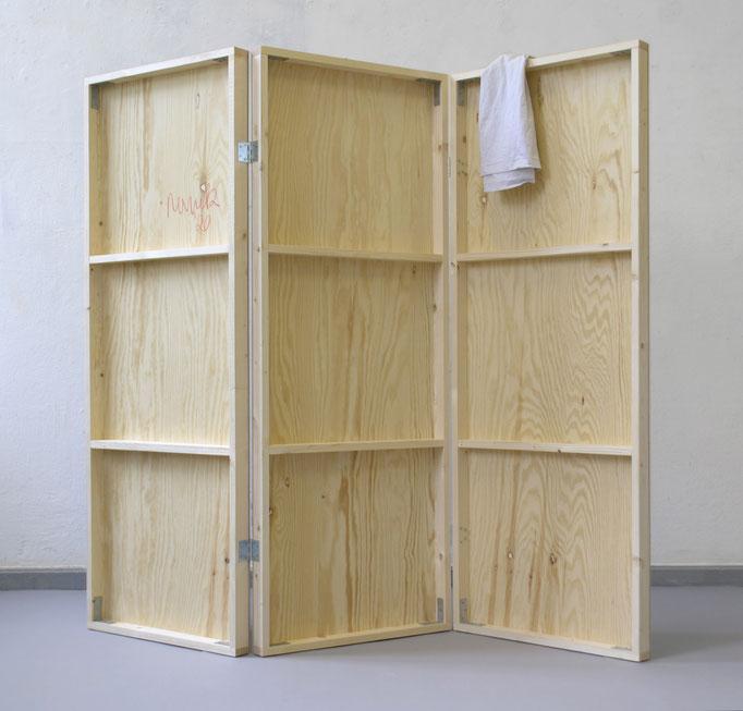 """""""Paravent"""",  Inkjet, Papier, Holz, T-Shirt, 150 x 50 x 145 cm, 2020"""