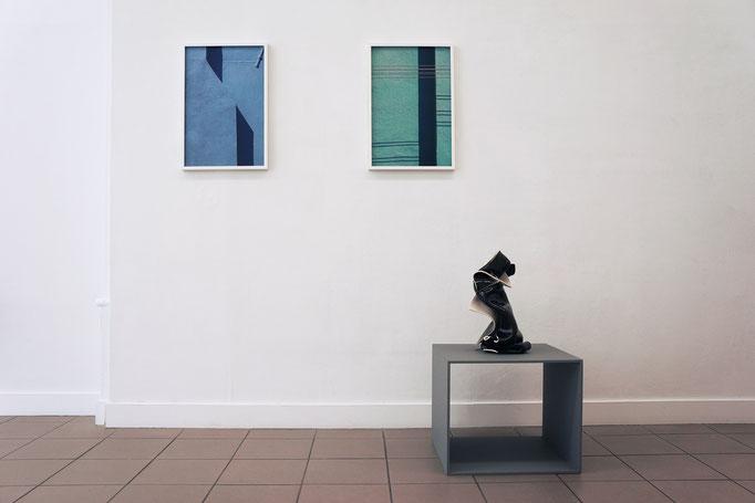 """Jessica Backhaus """"Note 23"""" und """"Note 20"""" aus der Serie """"Symphony of shadows"""" 2010–2011 · Gabriele Künne """"Schwarzer Frühling II"""" 2017"""