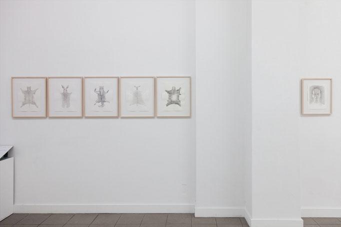 "Carolin Schneider · ""Felle"" v.l.n.r.: Löwe, Hase, Fuchs, Antilope, Bär, 2013 |  ""Living Sculptures"" Frankenstein, 2016"