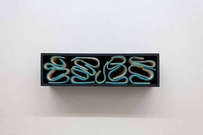 Gabriele Künne · côte d'azur, Keramik glasiert, Mdf, Lack, 2017