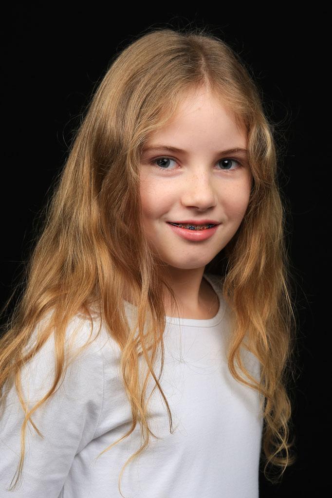 Kisha S. - Model