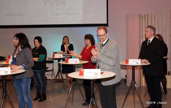 Die Jury besteht aus den ChorleiterInnen sowie Präs. Wurmsdobler com OÖ Chorverband