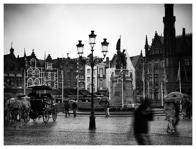 Brügge, Markt in the rain, Belgium 2011
