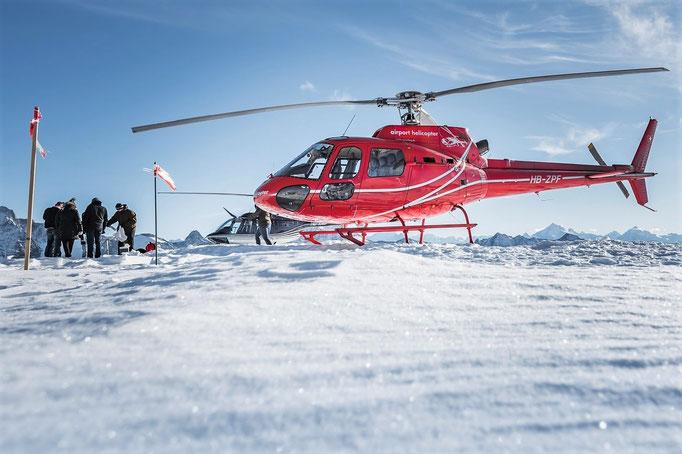 Elite Flights, HB-ZPF, AS 350 B2 Ecureuil, HB-XXO, Bell 206 Jet Ranger, Helikopterflug, Alpenflug mit Gletscherlandung, Firmenausflug, Petersgrat