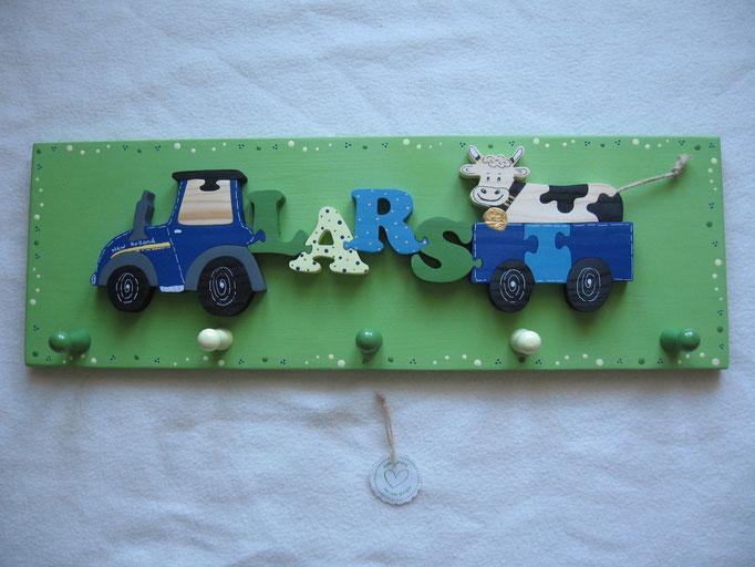 Traktor New Holland - NAME - Anhänger mit gefleckter Kuh