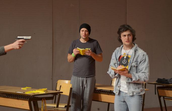 Oktay Günes (Ferit), Benjamin Muth (Bastian)
