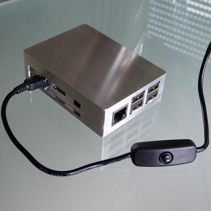 Mit Zubehör USB Stromkabel mit Ein/Aus Schalter