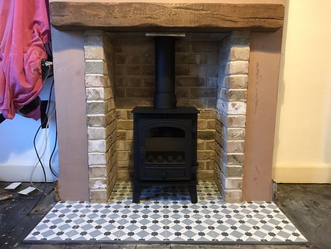 London Weathered Yellow Fireplace Chamber with Side Returns